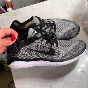 Nike flyknit shoes. 7. Never worn!!!